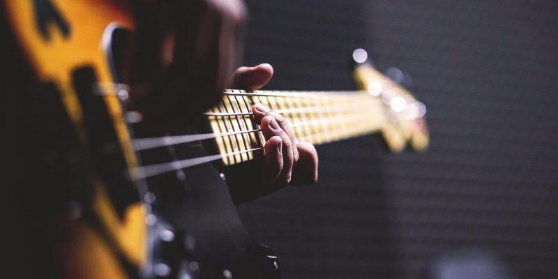 Ackord för basgitarr