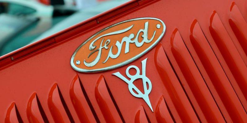 Köp din nya Ford här